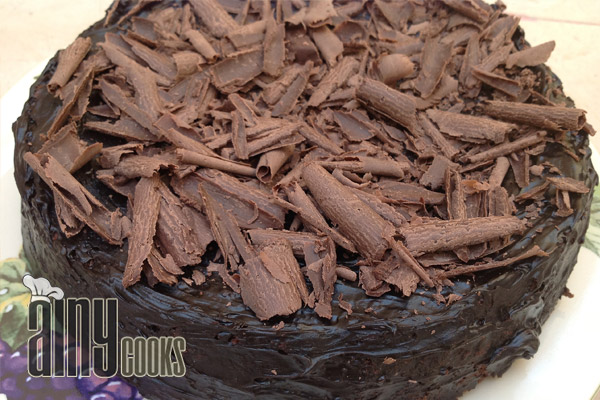 caramel poke brownie cake