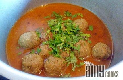 kofta curry simmer