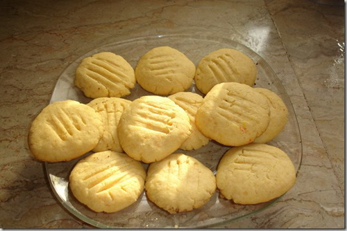 custard-cookies_thumb