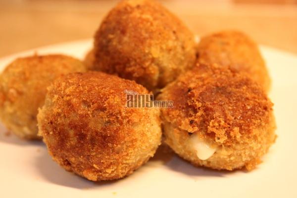 chicken cheese balls m