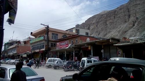life in skardu new bazar2