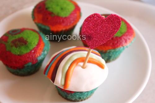 rainbow cupcake d2