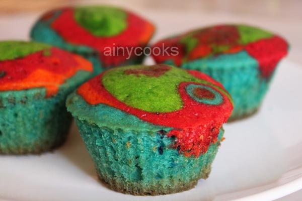 rainbow cupcakes m