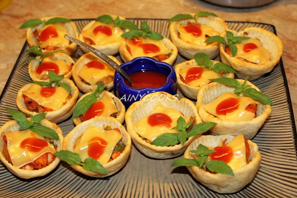 pizza cups m