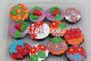 spring cupcakes f