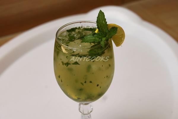 kfc lemonade m