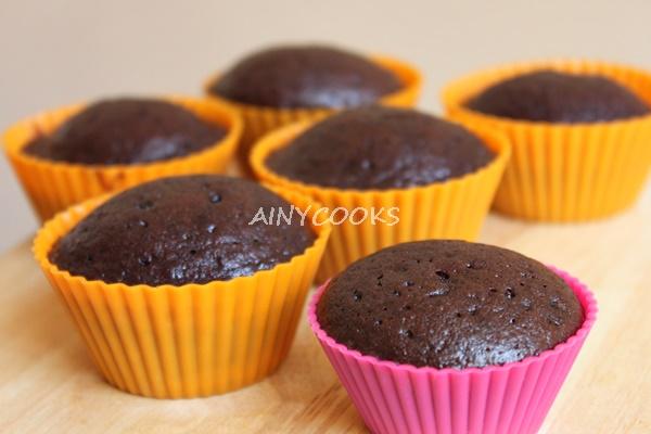 chocolate-cupcake-m