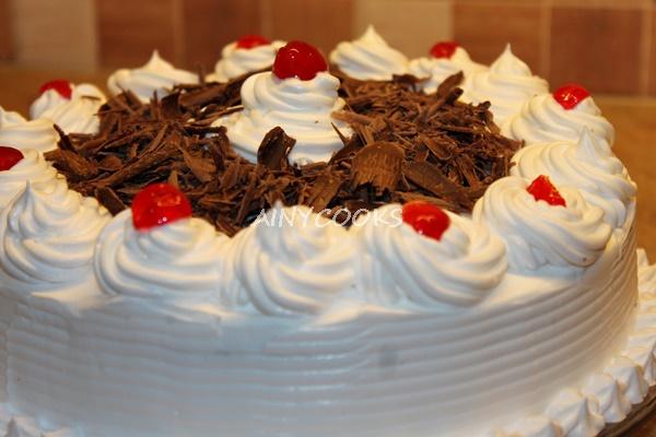 cream-cake-m