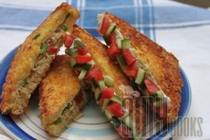 fried sandwich f