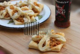 NANDO'S CHICKEN PUFF PIE