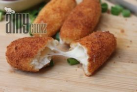 CHEESE STICKS WITH GARLIC MAYO SAUCE